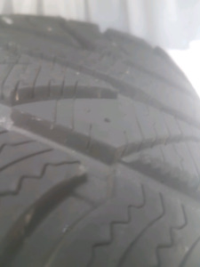 4 Newer Winter Tires on Rims 205/65R16
