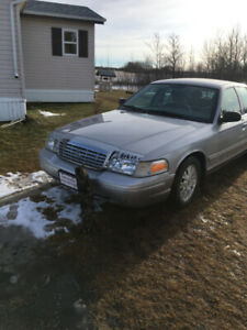 2004 Crown Vic for sale