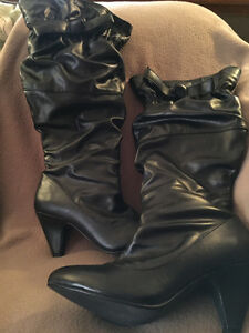 Wide calf, size 7 ladies black boots Cornwall Ontario image 1