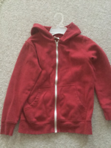 RED Sweat HOODIE  ** Boys Size 10-12