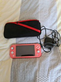 Nintendo switch lite pink