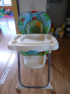 Fisher Price Feeding High Chair, adjustable, clean, great condit