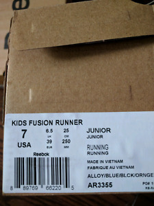 Brand new Reebok  junior running shoes size 7 for sale