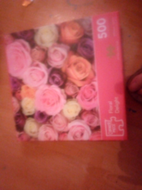 Jigsaw. Rose design