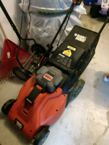 Black and Decker Battery Lawn Mower - No gas or cords