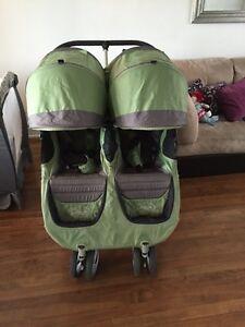 City min double stroller/green