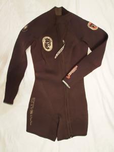 3mm Wet-suits - Various