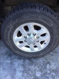 2013 Chevrolet Silverado 2500 pneus jantes et accessoires