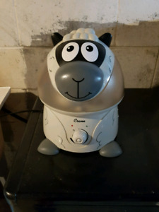 Crane sheep humidifier