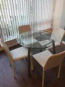 Modern Glass Dining Table and 4 Leather Chairs