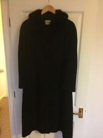 Faux fur collar long coat - black, size 14
