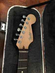 1993-1994 American Fender Stratocaster Deluxe Mint Condition