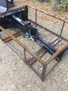 New skid steer log splitter
