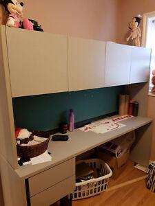 Desk Windsor Region Ontario image 1
