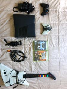 Xbox 360 avec accessoires pour Guitar hero