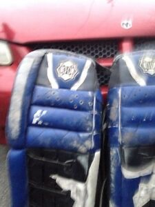 Goalie pads  West Island Greater Montréal image 3