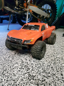 Traxxas slash platinum ultimate 4x4 PRICE DROP NEED GONE ASAP
