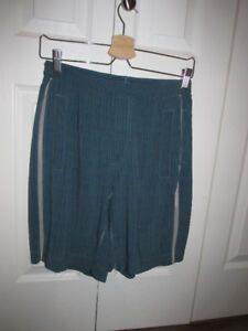 LULULEMON Lined Shorts Mens SMALL Good Cond