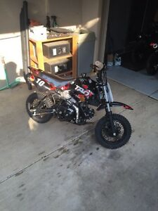 Pocket dirt bike