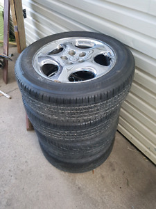 4 tires with rims 215/ 60R17