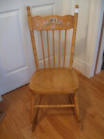 NEAT COMPACT OLD VINTAGE ARM-LESS HARDWOOD LADY'S ROCKER