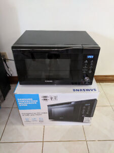 Microwave/convection oven, brand new, Samsung