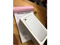 Iphone 7 Silver 256gb unlocked with 12 month apple waranty