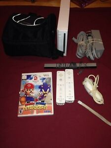 Original Nintendo Wii W all cable 2 controller with games ect