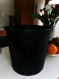 Heavy Duty Large Planter Plant Pot Tub - Black (Up to 17 available)