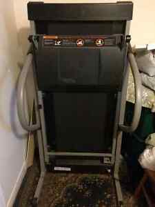 Bed, Sofa and Treadmill for Sale Cambridge Kitchener Area image 5