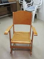 Chaise berçante pliable