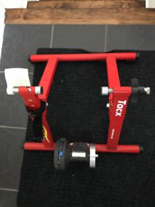 Rouleau Tacx cycletrack magnetic - base vélo entraînement