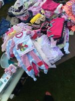 Lots of baby girl clothes 1$-2$ a piece (3-12 mth)