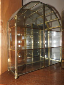 Small Vintage Brass Art Display Cases (mirror backing)