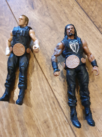 Roman Reigns and Dean Ambrose WWE
