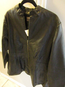 WOMAN'S REAL LEATHER JACKET - TAGS STILL ON SZ 1XL
