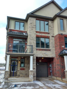 3 Bedrooms-Brand New Town House in Ancaster, Hamilton for Rent