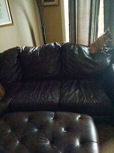 Brown faux leather sectional and ottoman Strathcona County Edmonton Area image 2