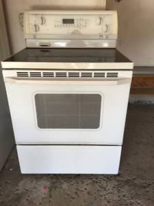 Whirlpool Gold Stove and the range microwave