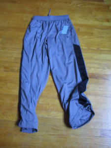 BRAND NEW Old Navy Pants Size Large