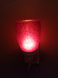 Cranberry glass scentsy warmer
