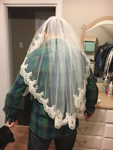 Wedding Veil Windsor Region Ontario image 1
