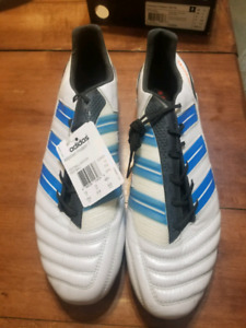 Brand New! Men's Adidas football/soccer cleats