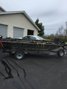 2014 PolarKraft 16.5 ft duck/fishing boat  30 hp Evinrude e-tec