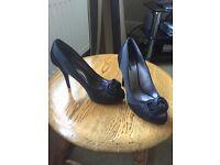 Ladies evening shoes size 40