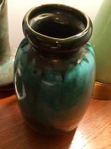 VINTAGE CERAMIC VASE EN CÉRAMIQUE RETRO BLUE MOUNTAIN POTTERY