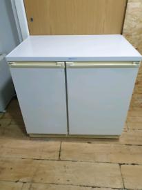 Zanussi under counter Fridge Freezer (VERY CLEAN)