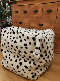 Ikea spoty cushion stool inflammable animal print