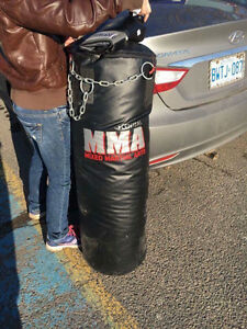 150 lb punching bag