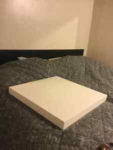 White table top 2ft x 2ft London Ontario image 1